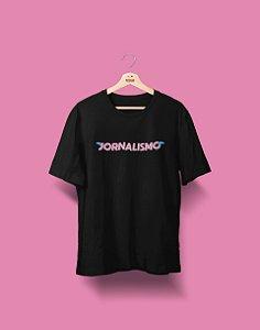 Camiseta Universitária - Jornalismo - Voe Alto - Basic