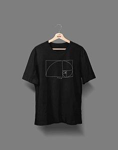 Camiseta Universitária - Design Gráfico - Fine Line - Basic