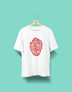 Camiseta Universitária - Medicina - O Ministério da Saúde Adverte - Basic