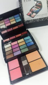 T&G 3 Dimensional Make UP Kit