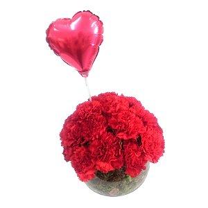 Aquário de Cravos Vermelhos e Balão