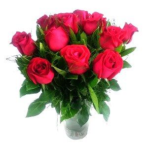 12 Rosas Vermelhas no Vaso