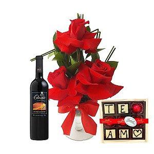 Taça de Rosas Colombianas com Vinho e Chocolate