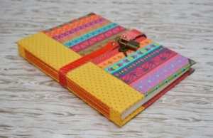 Diário com Cadeado Mexicano