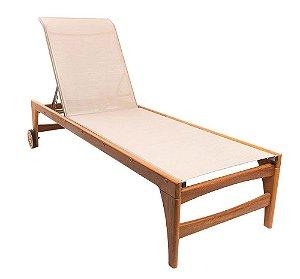 Espreguiçadeira Fendi reclinável madeira Cumaru com rodinhas e tela sling ISO bege