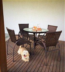 Conjunto com 1 mesa Egito com rebaixo D80 e 4 cadeiras NL alumínio revestido e fibra sintética argila