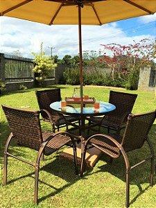 Conjunto com 1 mesa Joá D90, 4 cadeiras NL, 1 ombrellone central D240 e base de concreto