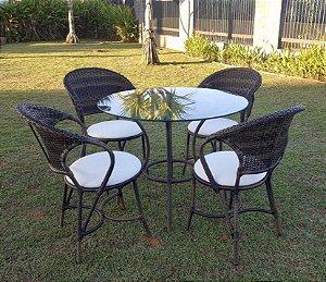 Conjunto com 1 mesa Montana D90 e 4 cadeiras Arco Balena em aço galvanizado e sintético Argila