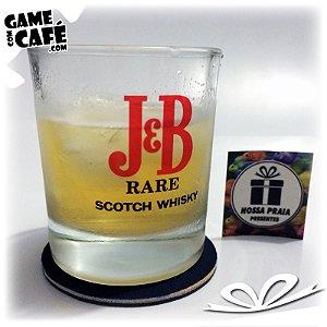 Copo de Whisky J e B