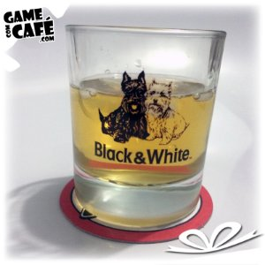 Copo de Whisky Black e White