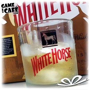 Copo de Whisky White Horse