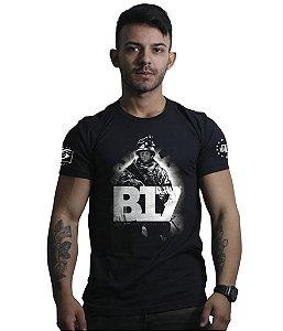 Camiseta Militar Mito B17