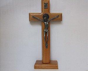 Cruz de Parede ou Mesa São Bento