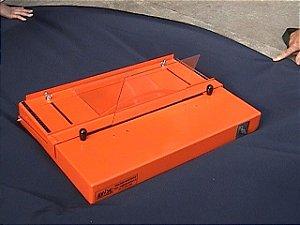 Dobrador de chapas plásticas modelo SA-370