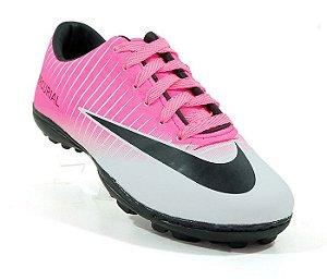 cca2e02435 Chuteira Society Nike Mercurial Vortex 3 Rosa e Branco