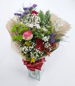 Buquê Com Flores Variadas