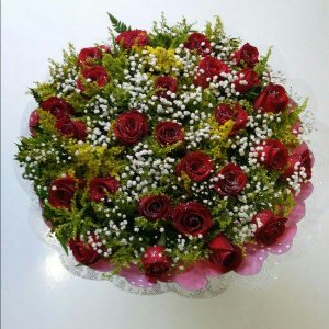 Bouquet de Rosas Vermelhas ou Coloridas com 24 unds.