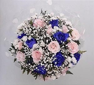 Buquê de 18 Rosas Rosas e Azuis