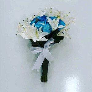 Buquê de Rosas Azuis e Lírios
