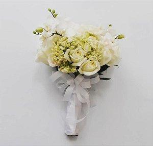 Buquê de Noiva com Orquídea Hortênsia e Rosas