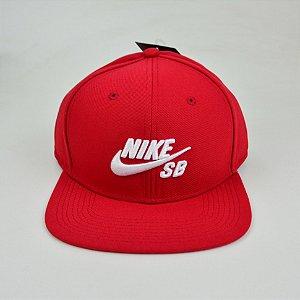 Boné Nike Sb Snapback Icon Pro Vermelho