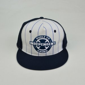 Boné Independent Snapback Ring