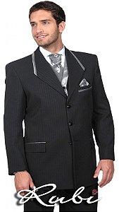 Terno para noivo , modelo padrão com riscas e detalhe com prata