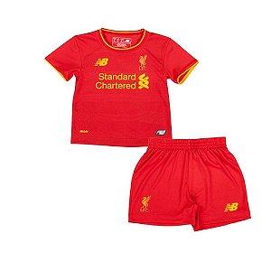 Kit infantil oficial New Balance Liverpool  2016 2017 I jogador