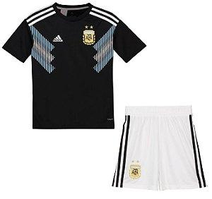Kit infantil oficial Adidas seleção da Argentina 2018 II jogador