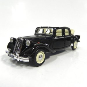 Citroen 15-Six 1951 Decourvrable 1/43 Norev