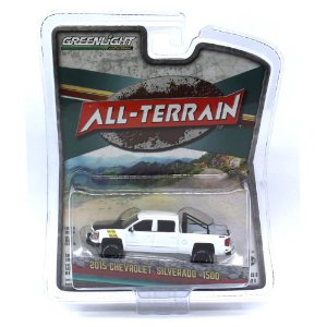 Chevrolet Silverado 1500 2015 All-Terrain 1/64 Greenlight