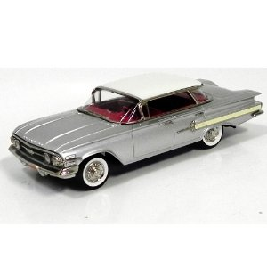 Chevrolet Impala 4-Door H Sport Sedan 1960 1/43- Brooklin Models