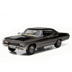 Chevrolet Impala 1967 Cromado Série Supernatural 1/18 Greenlight