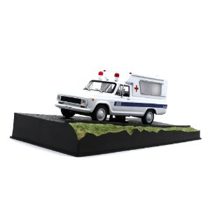 Chevrolet C10 Ambulância 1/43 IXO  007 James Bond  Contra o foguete da morte