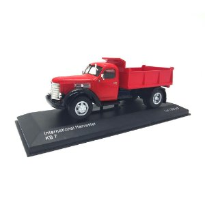 Caminhão International Harvester KB7 1947 1/43 Whitebox
