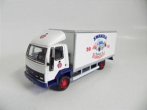 Caminhão Ford Cargo Box 1/76 Oxford