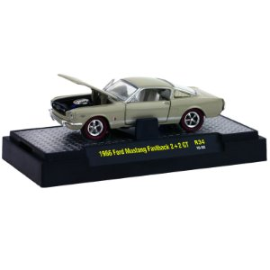 Ford Mustang Fastback 2+2 Gt 1966 1/64 M2 Machines
