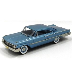 Ford Galaxie Starliner 1961 1/43 Brooklin Models