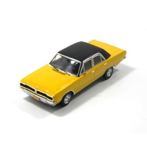 Dodge Dart Gran Sedan 1976 1/43 Premiumx