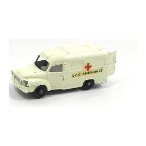 Lomas Ambulance N°14 1/64 Matchbox