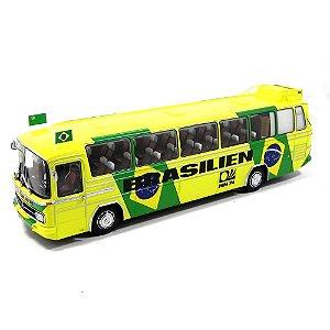 Ônibus Mercedes-Benz O302 Sel Brasileira Copa 74 1/43 Minichamps