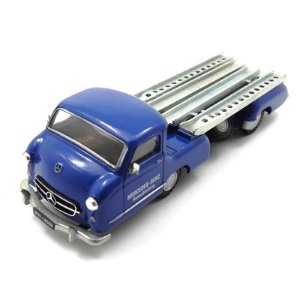 Mercedes Benz Race Transporte 1/43 Conrad