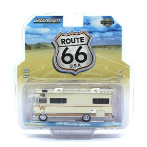 Winnebago Chieftain 1973 HD Trucks 1/64 Greenlight