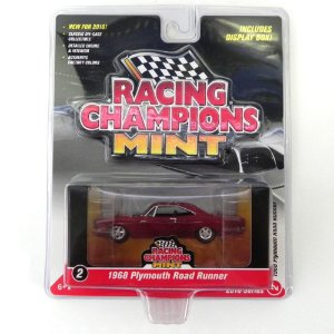 Plymouth Road Runner 1968 1/64 Johnny Lightning Racing Champions Mint Release 1 RC001
