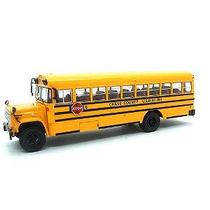 Ônibus Escolar GMC 6000 Autobus Loysville 1/43 Ixo