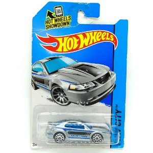 Ford Mustang 1999 1/64 Hot Wheels