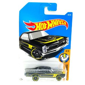 Pontiac GTO 1967 1/64 Hot Wheels