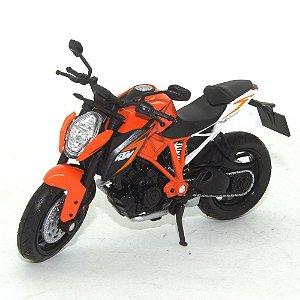 Moto KTM 1290 Super Duke R 1/18 Welly California Cycle