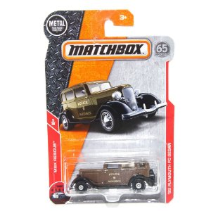 Plymouth PC Sedan 1933 1/64 Matchbox