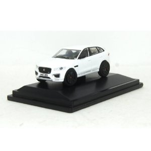 Jaguar F-Pace Polaris White 1/76 Oxford